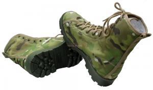 Штурмовые ботинки городского типа.